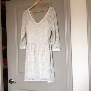 White 3/4 sleeve dress